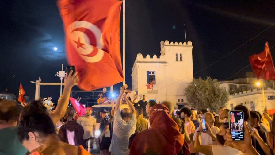 Chalghoumi e Bertoldi: in Tunisia minacce esterne, decisione presidente porti paese fuori da emergenza e a elezioni